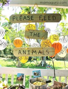 The Complete Guide to the Best Zoo Birthday Party Fabulous party ideas to throw a zoo birthday party, including DIY projects, party favors, a zoo-themed menu, decorations and an amazing homemade zoo cake! Animal Themed Birthday Party, Jungle Theme Birthday, Wild One Birthday Party, Boy Birthday Parties, Birthday Ideas, Jungle Theme Parties, Birthday Diy, Jungle Party Snacks, Boys Birthday Party Themes