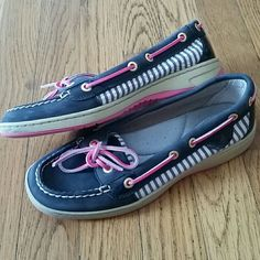 Sperry Top-Sider laguna navy and pink sz 6.5 Reposh! Gorgeous Sperry Top-Sider laguna edition boat shoes. Navy and pink with nautical stripes on the sides. Excellent used condition. They are slightly stained on the foot bed from wear. Other than that they are in great condition!  - willing to negotiate price through offer button -  - bundle discounts -  - no trades, no paypal - Sperry Top-Sider Shoes Flats & Loafers
