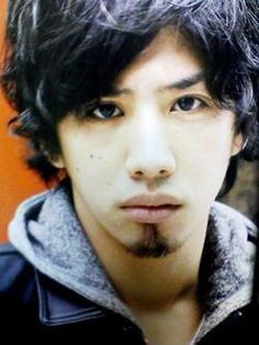 Takahiro Morita - vocalist of One OK Rock. I know he's japanese but still hot and famous in korea One Ok Rock, Takahiro Morita, Takahiro Moriuchi, All Japanese, Tvxq, Music Is Life, Rock Music, Cute Guys, Rock Bands