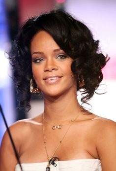 Rihanna in August 2007. See the singer's complete beauty evolution, from 2006 to 2015 (girl has tried EVERYTHING in nearly 10 years).