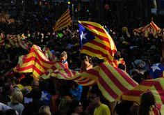 Le référendum en Catalogne «n'aura pas lieu» dit Rajoy - Libération. L'Espagne reste farouchement opposée à l'indépendance de cette région, où la population la réclame en revanche de plus en plus. Le référendum sur l'indépendance de la Catalogne, annoncé jeudi par le président de la région Artur Mas, «n'aura pas lieu», a affirmé le chef du gouvernement espagnol Mariano Rajoy, assurant qu'il ne pouvait «négocier» sur cette question.