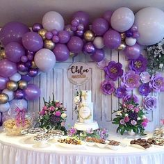 """For The ❤️of Parties on ram: """"Pretty shades of purple for this gorge. Gold Birthday Party, Birthday Party For Teens, Gold Party, Baby Shower Purple, Baby Girl Shower Themes, Lavender Baby Showers, Purple Party Decorations, Balloon Decorations, Purple Desserts"""