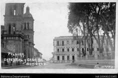 Jorge Terreros. Edificio de la Alcaldía Municipal o Casa de Gobierno, al frente, la Catedral principal de Palmira en el marco de la Plaza de Bolívar y 604552. PALMIRA: Biblioteca Departamental Jorge Garces Borrero, 1940. 14X9