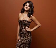 Las mejores fotos de Selena Gomex 2015 vestido