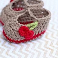 Cheeky cherry crochet baby booties