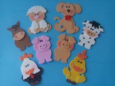 *Aplique em EVA tema fazendinha.  *Medidas:  cavalinho 10 cm x 6 cm  porquinho 10 cm x 6,5 cm  vaquinha 10 cm x 6, 5 cm  galinha 12 cm x 9 cm  ovelha 11 cm x 9 cm  cachorrinho 11 cm x 9, 5 cm  pintinho 12 cm x 9 cm  *Ao fazer o pedido, favor anotar os modelos e a quantidade de cada modelo. Kids Crafts, Preschool Crafts, Welcome To School, Baby Quiet Book, Punch Art Cards, School Frame, Bug Art, Dragon Crafts, Farm Party
