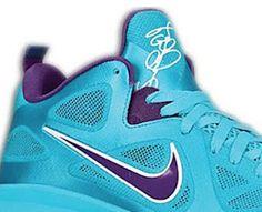 "Nike Lebron 9 Low ""Turquoise–Court Purple"" Sneaker"