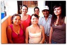 Sandra con turistas y amigos. Cuba, Sandro, Havana, Friends