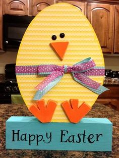 Crafts With a Side of You : Easter Chick Egg.Most of the supplies from Wood Connection. This was fun to make. Spring Projects, Easter Projects, Spring Crafts, Easter Crafts, Holiday Crafts, Easter Decor, Easter Ideas, Diy Projects, Diy Ostern