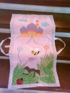 Sajadah anak..bisa order pake nama & gambar sesuai keinginan... Diy Home Crafts, Crafts For Kids, Muslim Prayer Mat, Clutch Bag Pattern, Islam For Kids, Cot Sheets, Muslim Women, Kids Outfits, Prayers
