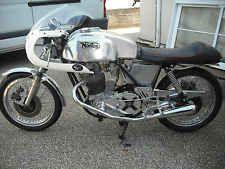 NORTON 850 CLASSIC 1976 CAFE RACER