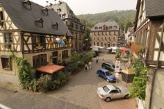 See 38 photos and 2 tips from 349 visitors to Oberwesel. Architecture Old, Germany Travel, The Good Place, Stuff To Do, Places To Visit, Adventure, Mansions, House Styles, World