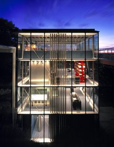 House made of glass and steel in Stuttgart, Germany. Designed by the German architecture firm Werner Sobek. The house is in the Stuttgart Valley of Germany and completely recyclable, zero-emission and self sufficient in terms of energy. Houses Architecture, German Architecture, Beautiful Architecture, Contemporary Architecture, Interior Architecture, Interior Design, Modern Glass House, Modern House Design, Glass Facades