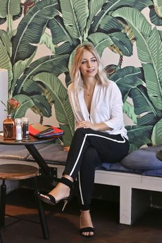 @yara_michels, founder of cult fashion blog @chapterfriday shares her tips on modern event dressing with us on the blog.