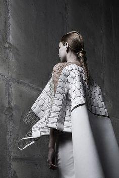 Anja Dragan, textures dramatiques