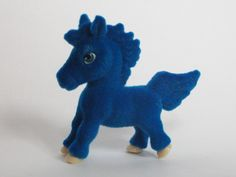 Biscuit the Peruvian Paso  ~ Pony in My Pocket ~ Rainbow 10 Pack