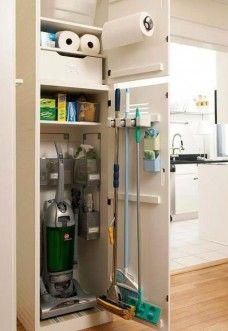 Шкаф для уборочных штук