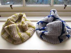 Tunisian crochet cowl pattern -- try to work this in the round instead of flat to avoid some seaming?