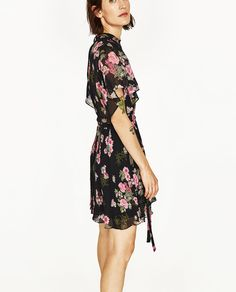 Image 4 of MINI DRESS WITH PRINT from Zara