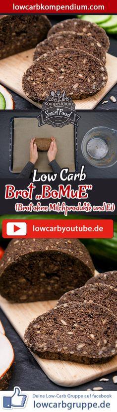 """(Low Carb Kompendium) – Wir haben euch schon einige Rezepte für großartiges Low-Carb Brot gezeigt – allerdings noch keins, das auch komplett ohne Milchprodukte und Eier in der Zutatenliste auskommt. Das ändern wir mit dem """"BoMuE""""! Das Brot ohne Milchprodukte und Ei lässt sich mit nur wenigen Zutaten zubereiten und schmeckt einfach fantastisch. Der Geschmack erinnert etwas an Schwarzbrot, ist allerdings weniger herb. Und nun wünschen wir dir viel Spaß beim Nachbacken, LG Andy & Diana."""