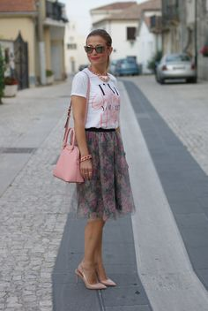 Tulle skirt romantic outfit