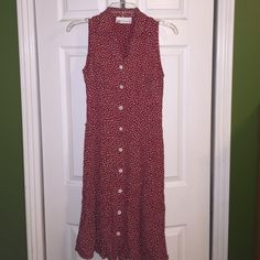 VINTAGE  S/M; buttons down; collar ; not stretchy; like new; waist 28 inches- length 40 inches Karen Kane Dresses Midi