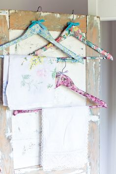 Emma Herian decoupage clothes hangers (with Decopatch paper).