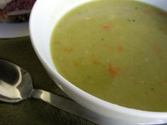Slow Cooker Ham Split Pea Soup Recipe - 6 SmartPoints