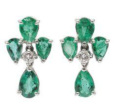 An emerald diamond earrings.