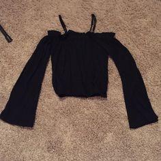 LA Hearts boho top Cropped with bells sleeves! LA Hearts Tops Tees - Long Sleeve