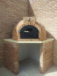 """Excellent """"built in grill patio"""" detail is readily available on our site. Diy Grill, Pizza Oven Outdoor, Grill Area, Built In Grill, Wood Fired Oven, Outdoor Kitchen Design, Backyard Projects, Outdoor Living, Grilling"""