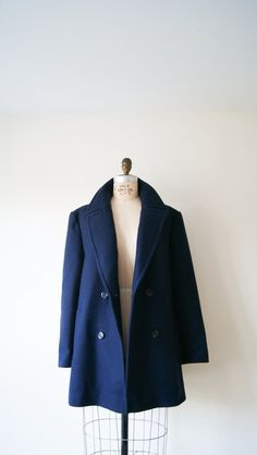 J Crew Lightweight quilted jacket. WANTT!! Christmas!? Vintage Elm ... : navy blue quilted coat - Adamdwight.com