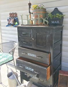 This week I did a simple DIY repurposing using an old furniture piece. This piece turned into a garden chest of drawers to contain and straighten our back porch chaos. Repurposing an old piece of furniture I bought this cabinet from our neighbors that were moving for $20. I didn't know what I'd be using it for but I liked it and I knew I could find a use for it. Cleaning and repairs One of the small drawers was broken so I completely took it apart and applied some wood glue before na Old Drawers, Small Drawers, Chest Of Drawers, Glazing Furniture, Furniture Refinishing, Refurbished Furniture, Furniture Redo, Repurposed Furniture, Upscale Furniture