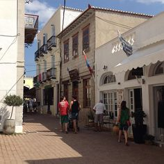 exterior view of Alexandris Hotel in Spetses island
