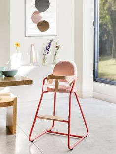 Charlie Crane - Highchair TIBU Bright Red (€ and pair of cushions €) - Credit Louise Desrosiers Cute Desk Chair, Diy Chair, Rattan Dining Chairs, Living Room Chairs, Desk Chairs, Wooden Chairs, Eames Chairs, Office Chairs, Baby Furniture Sets