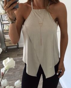sports shoes cce74 d7693 Love this top! Fashion Wear, Fashion Tips, Fashion Outfits, Womens Fashion,