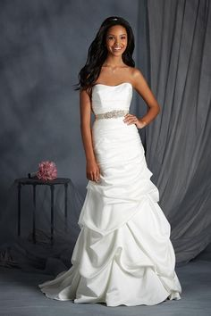 Alfred Angelo 2552 wedding gown with pick ups, Ivory Size 10, $539