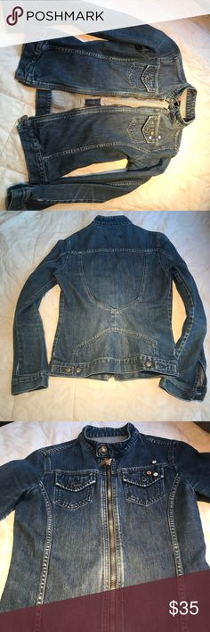 Diesel Jean Jacket Sz Small Diesel Jean Jacket Sz Small in AMAZING condition. I'm obsessed with this jacket but sadly it doesn't fit me anymore:( I don't want to part with it but it's time. EUC. Diesel Jackets & Coats Jean Jackets