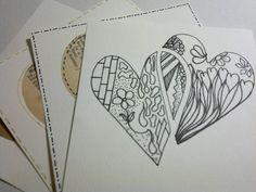Tegn selv Doodle hjerter og pynt hjerter med papir og streger