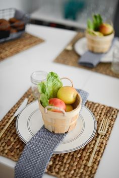 Head to your local craft store and pick up mini baskets, line with romain lettuce wedges, and fill with mini apples! These are fabulous take-home gifts for guests as well. Four Fall Tablescape Ideas - Fashionable Hostess | Fashionable Hostess