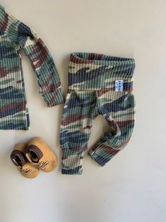 Gender neutral Baby Clothes.Going Home Outfit Newborn Take | Etsy Going Home Outfit, Take Home Outfit, Boho Outfits, Fall Outfits, Baby Boy Romper, Gender Neutral Baby, Baby Boy Outfits, Beautiful Outfits, New Baby Products