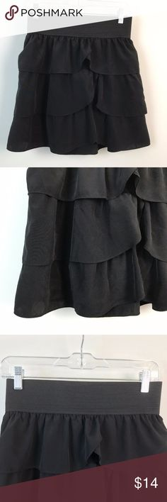 """INC Petite Layered Flare Circle Mini Skirt INC International Concpets Petite Tiered Skirt Womens Black Career Stretch Sz 6P  Gently Worn, Excellent Condition!    Please refer to pictures for additional condition information and if you have any other questions about this item please feel free to ask!  Measurements Laying Flat: Waist: 13 1/4""""  Length: 18"""" INC International Concepts Skirts Mini"""