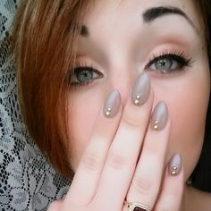 Almond nail design !