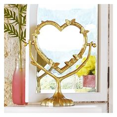 PB Teen Fancy Flutters Desktop Mirror, Brass/Gold at Pottery Barn Teen... ($30) ❤ liked on Polyvore featuring home, home decor, mirrors, brass home decor, eglomise mirror, brass mirror, gold home accessories and mirrored mirror