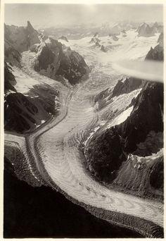 Blacier du Tacul, Mer de Glace von N, 3800 m., 1925 - 1930 River, Nature, Outdoor, Outdoors, Naturaleza, Nature Illustration, Outdoor Living, Garden, Rivers