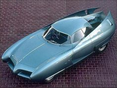 The Alfa Romeo BAT is an Italian concept car. The car originated from a joint collaboration project between Alfa Romeo and the Italian design house Bertone that began in Three cars were built Alfa Romeo Gtv6, Alfa Romeo Cars, Concours D Elegance, Weird Cars, Futuristic Cars, Unique Cars, Top Cars, Amazing Cars, Sport Cars