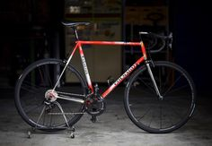Velo Retro, Vintage Bikes, Vintage Sport, Road Bikes, Cycling, Vehicles, Bike Ideas, Track, Exercise