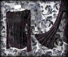 Black Burgundy Crushed Velvet Bell Sleeve Top 8 10 12 Goth Hippie Pagan Wiccan | THE WILTED ROSE GARDEN