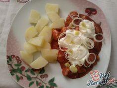 Maso se zakysanou smetanou a porkem   NejRecept.cz Fruit Salad, Foods, Author, Food Food, Fruit Salads, Food Items