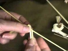 Плетение из соломы Лист из 3 соломин для ромашки.mp4 - YouTube